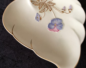 Royal Winton Lusterware Leaf Dish in pale violet iridescent glaze made by Grimwades Ltd. England