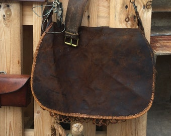 Old hunter satchel bag