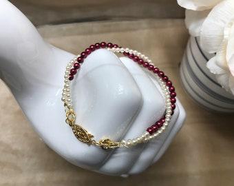 Bridal Bracelet, Glass Pearls, Red & White, 4mm Round, Wedding Bracelet, Gold Toggle Clasp