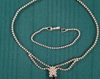 Vitage rhinestone necklace and bracelet