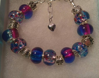 Murano glass bead bracelet with purple and blue beads