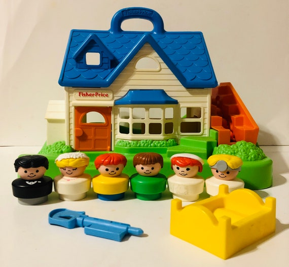 Vintage Fisher Price Little People Play House With Moving Stairs 1990 6 People