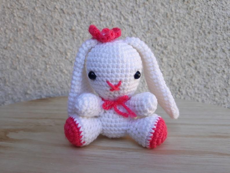 Amigurumi bunny with a heart | Amiguroom Toys | 596x794