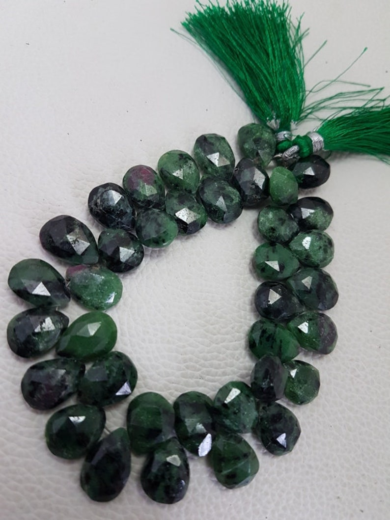 Ruby Zoisite Faceted Almond Pear Beads,ruby Zoisite faceted beads,high quality faceted ruby zoisite Pear briolettes beads,11-15mmsize 8 inch