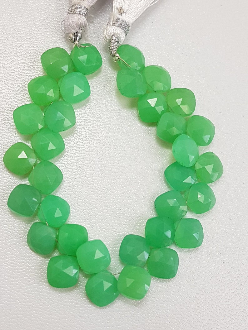 Chrysoprase,Chrysoprase Cushion Beads,Apple Green Chrysoprase,Chrysoprase Cushion Shape Faceted Beads 7mm 8 Inches Strand