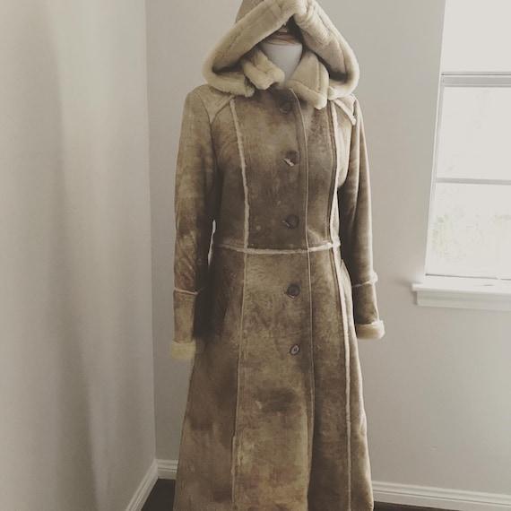 Lamb shearling coat with hood 70s