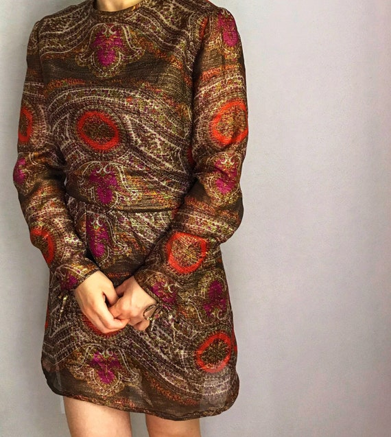 Metallic paisley print mini dress// 60s 70s - image 2