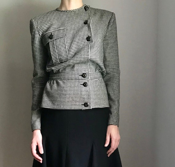 Houndstooth skirt suit Miss Valentino 80s