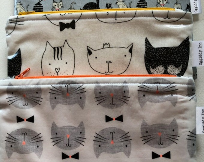 Featured listing image: Zippered Cosmetic Purse / Pencil Case - Cat Design