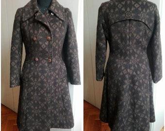 1970s does 1940s - Princess Coat