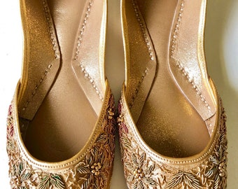 1ab9dbae077c2 Hand Crafted   Hand embroidered Leather Pumps ( Khussa) with gold thread  work