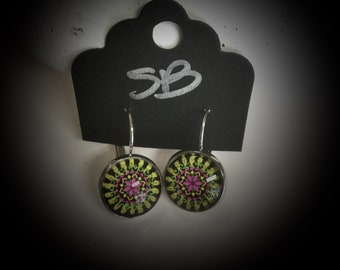 Drop earrings with yellow and pink mandala