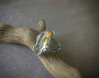 Wirewrapped ring with citrine