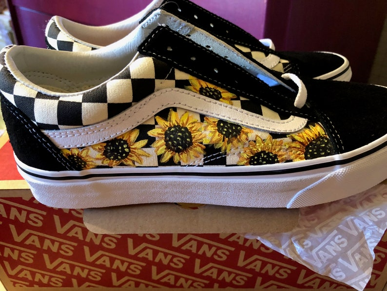 e5461b00f566d8 Sunflower Custom Hand Painted Vans Old Skool Primary Check