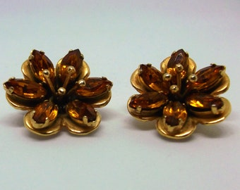 Vintage Amber flower cluster earrings gold tone clip on closure 1960s 1970s 1980s.