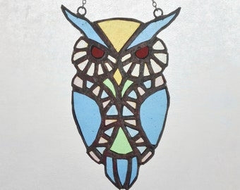Stained Glass Owl, stained glass gift, home decor, garden decor, gift for her, design objects, suncatcher