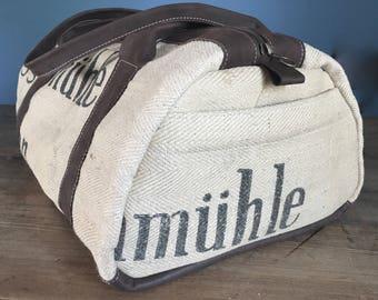 Weekender, travel bag, leather, jute
