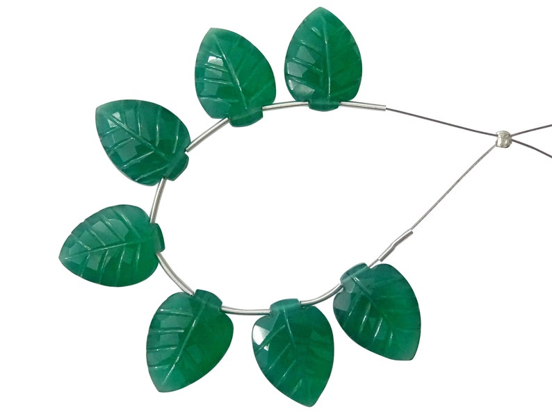CV53 7 Pieces Green Onyx Faceted Carved Leaves Briolettes Green Onyx Fancy Briolettes Green Onyx Carved Beads