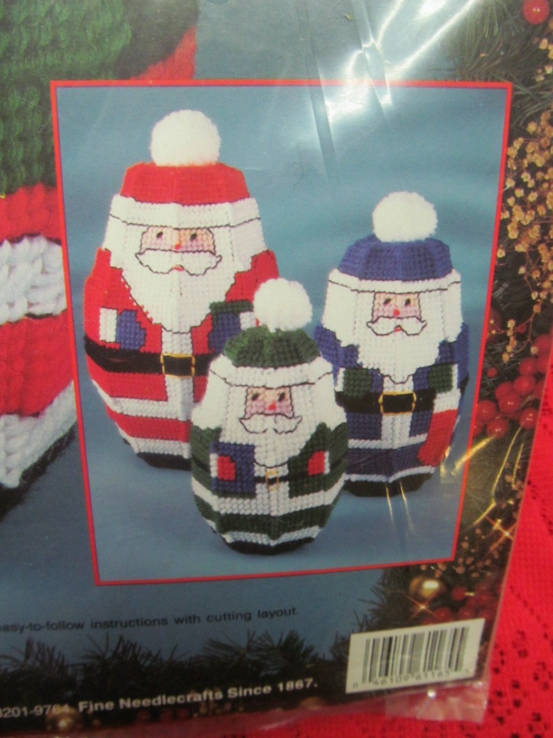 1993 Bucilla Plastic Canvas Kit  #61165 Christmas Nesting Santa Dolls CUTE RARE In NEW Condition!