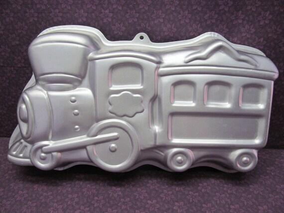 1990 Wilton Aluminum Cake Pan Train 2105 6500 Retired Etsy