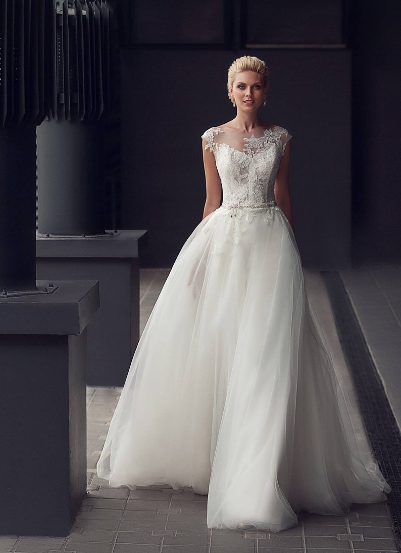 A Lijn Jurk Voor Bruiloft.Tule Jurk Lace Trouwjurk Een Lijn Jurk Boho Prinses Elegante Haar Jurk Bruids Jurk Boho Wedding Gown Unieke Bruiloft Bruiloft Jurk