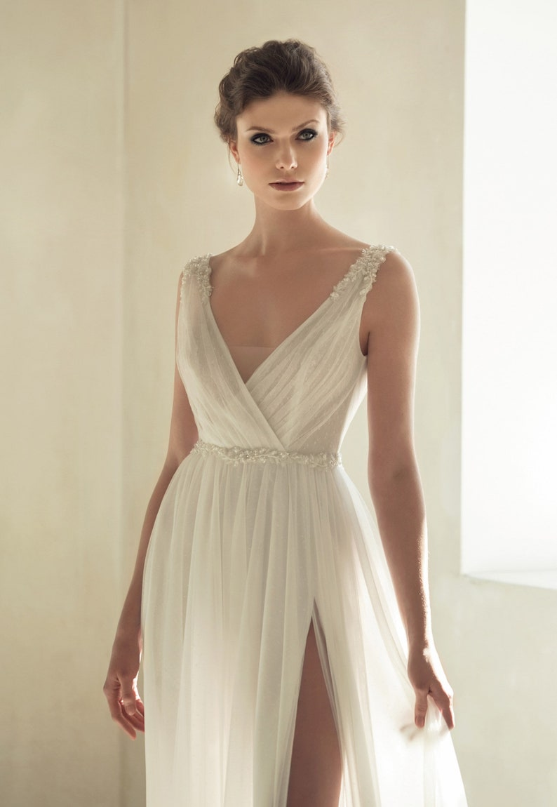 ccad3e6460 Beach boho wedding dress bohemian wedding gown chiffon lace | Etsy