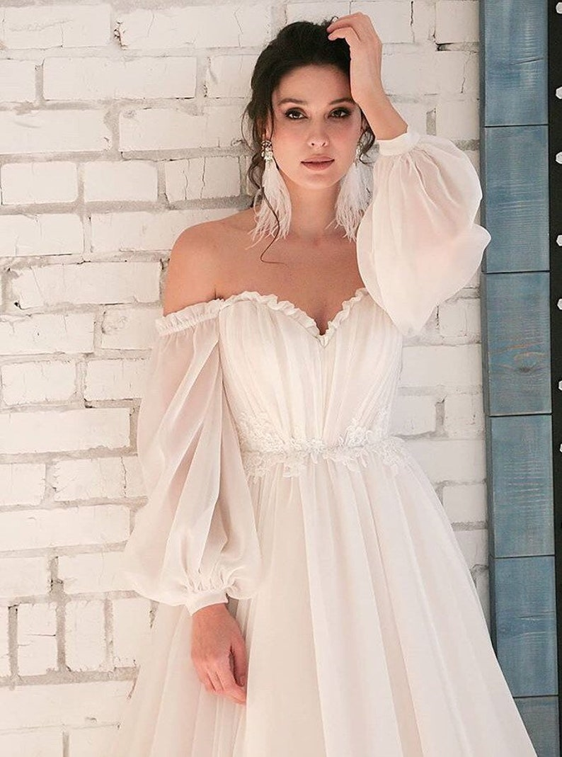 Boho Wedding Dress Simple Long Sleeves Modern White Blush Pink Belt Ivory Wedding Gown Elegant Tulle Classic Bohemian Unique Stylish Train