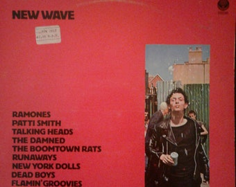 New Wave ~ 1970s Punk Rock Compilation ~ NY Dolls ~ Dead Boys ~ Damned ~ Ramones ~ Patti Smith ~ Richard Hell ~ Runaways ~ UK Import