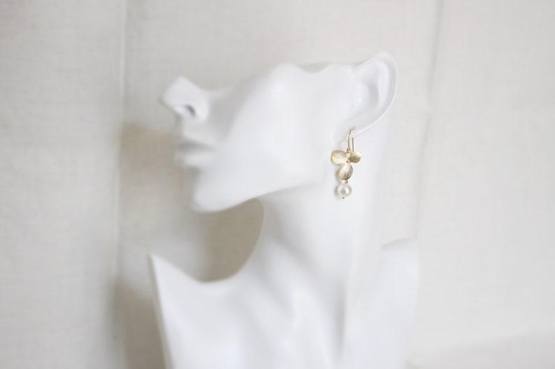 Bridesmaid gift Mothers day gift Rose gold earrings Bridesmaid earrings Orchid and Fresh Water Pearl earrings Wedding earrings