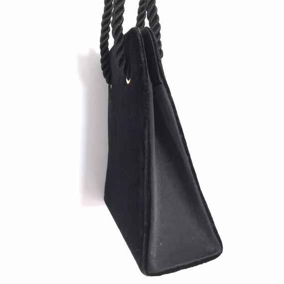 Vintage black velvet handbag with a rope strap by… - image 8