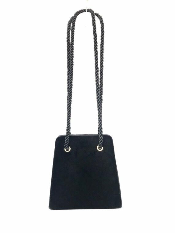 Vintage black velvet handbag with a rope strap by… - image 9
