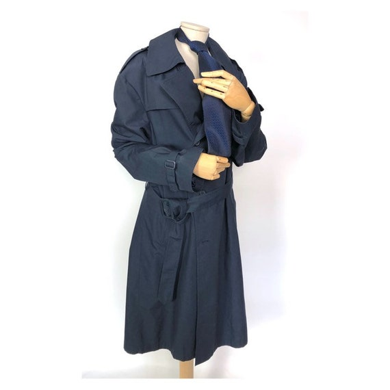 80s Vintage navy blue men's trench coat with a che
