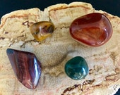 Bloodstone, Banded Agate,...