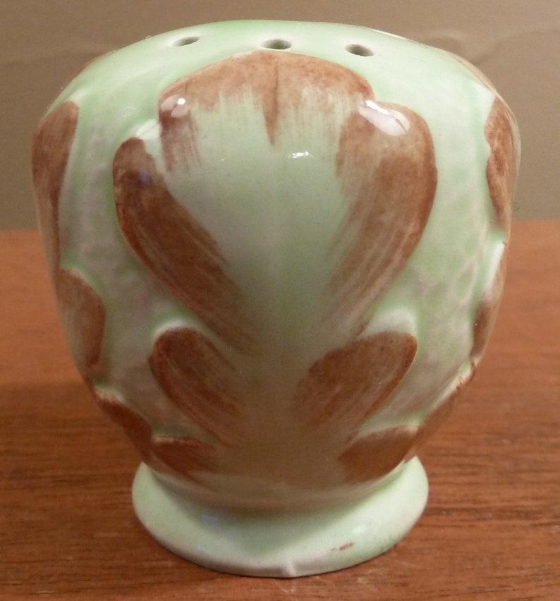 tray green and brown jam jar Antique Ridgway sculptured salt /& pepper shakers