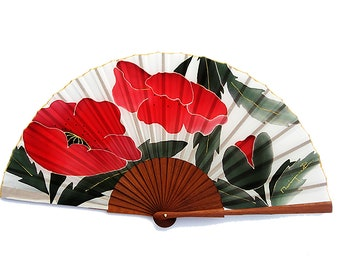 Fan P7a poppies white background