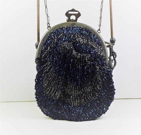 Flapper beaded purse