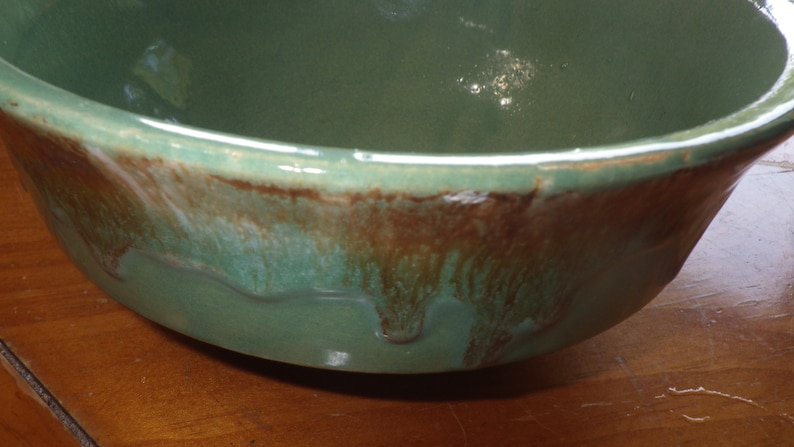 Roseville RRP Co Ohio 8 Brown Drip Green Bowl EXCELLENT Condition