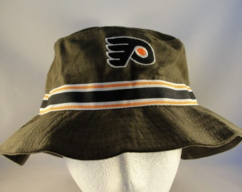 03698f0cd17 Philadelphia Flyers NHL Vintage Bucket Hat Size L XL American Needle new  with tags
