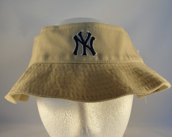 bdd93f06f4b New York Yankees MLB Vintage Crownless Bucket Hat Annco Size S M new with  tags