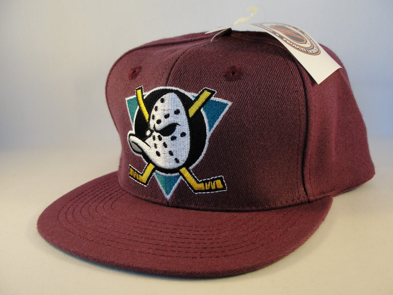 size 40 c9594 c481b Anaheim Mighty Ducks NHL Vintage Snapback Hat Cap Plum new   Etsy