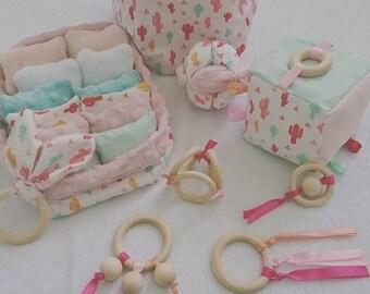 Baby box box & sensory pillow