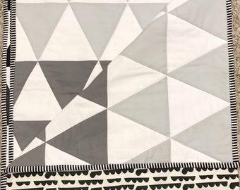 Geometric Ombré Quilt