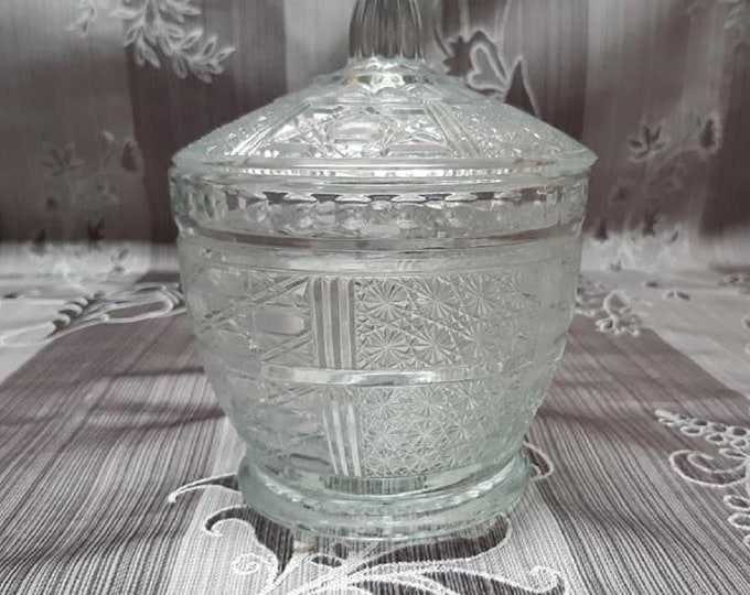 Antique sugar bowl / / Sugar / / Sugar / / Bowl.