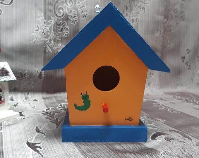 Decorative birdhouse made by hand / / summer / / spring / / bird / / bird / / ear wires.