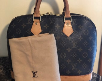 0bbee2026bbdb Authentic Louis Vuitton Alma PM&Dust Bag
