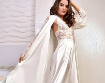 b2258cdb6c039 Ivory bridal robe and nightgown set Satin peignoir set Bridal lingerie  wedding night Kimono lace robe Long satin nightgown Bridal shower
