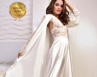 Wedding Gown Gift for Her Romantic Sleeping Gown VINTAGE DAL Cream Embroidery Long Sleeve Sleep Gown: Lace Nightdress
