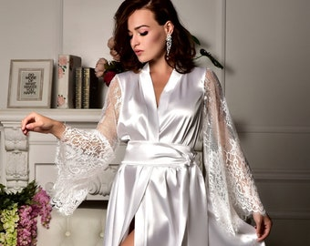 664263500 Long bridal robe Long white robe Wedding kimono Long lace bridal robe  Kimono robe Maxi robe Bride robe Bridal kimono Bridal dressing gown