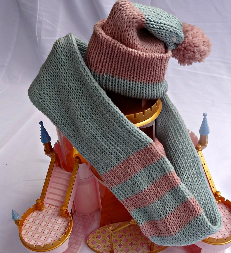 Baby Gift Set Shower Gift Winter Baby Set baby hat set Baby Girl Gift Baby Infinity scarf and hat in pink and blue merino
