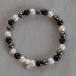 Swarovski Pearl hematite & black Onyx Bracelet perfect Prom night gift her Anniversary gift 4 her Birthday gift for her Bridesmaid gifts